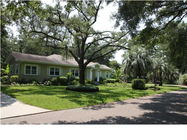 Fresh 5 - Charleston's Best Live/Work/Play Homes - 121 Old Point Rd. - Real Deal with Neil