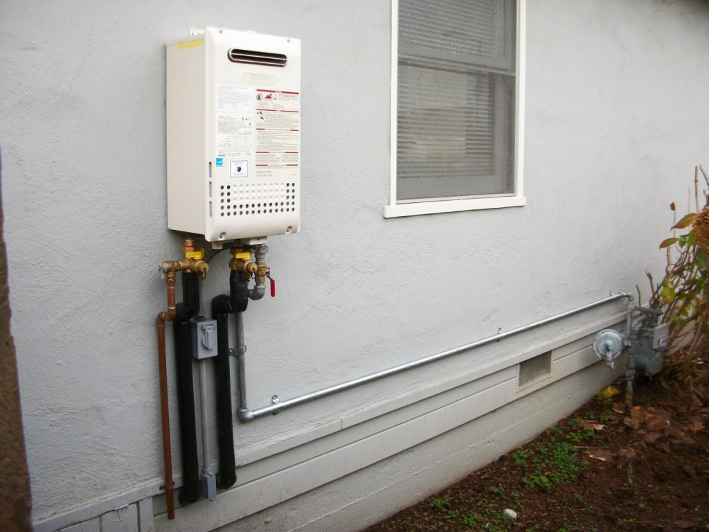 Frozen pipes tankless water heater what do i do - Exterior hot water heater enclosure ...