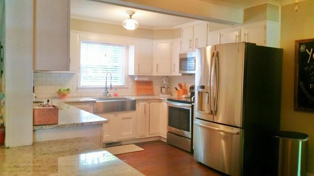5010 Victoria Avenue - Park Circle Home for Sale