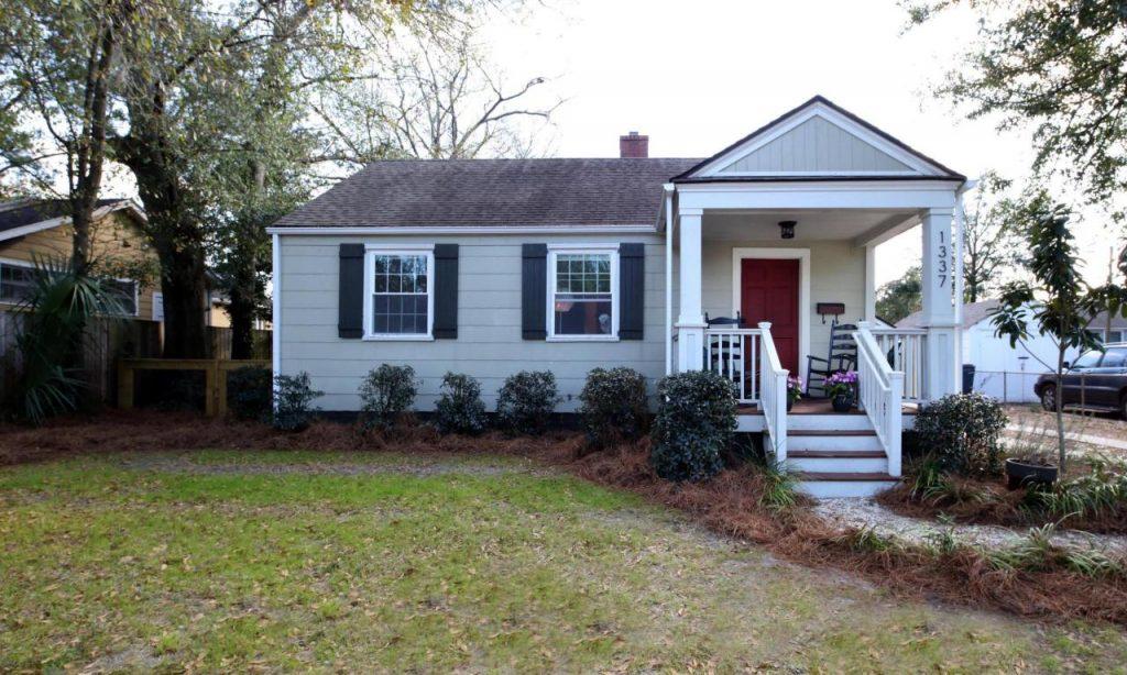 1337 E Montague Avenue - Park Circle Home for Sale