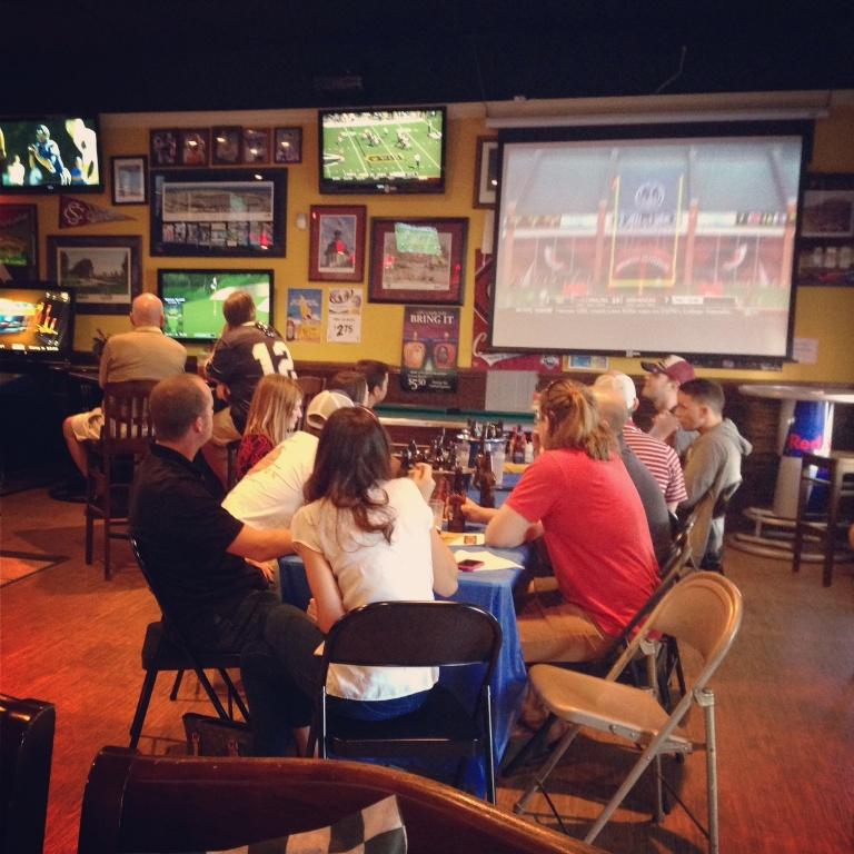 Big Game Bar & Grill, Mt. Pleasant - Best Gamecock Bars in Charleston, SC