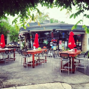 Dig in the Park - Park Circle - Outdoor Patio alt. view - Real Deal with Neil