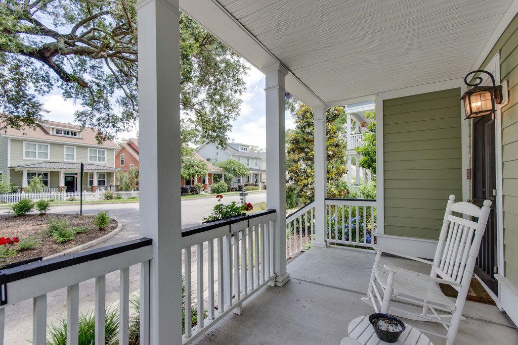 Oak Terrace Preserve Porch View