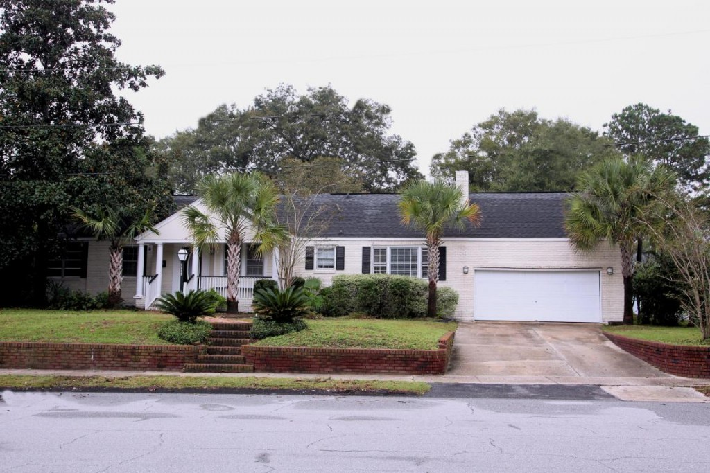 4649 Old Park Road - Park Circle Home for Sale