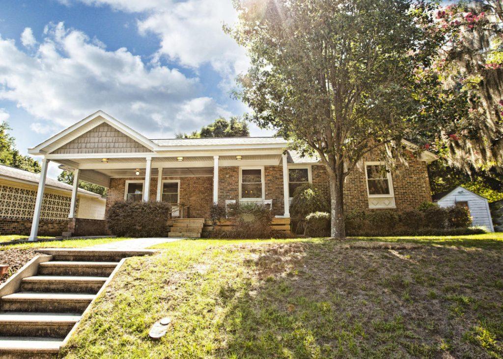 4822 Parkside Drive - Park Circle Home for Sale