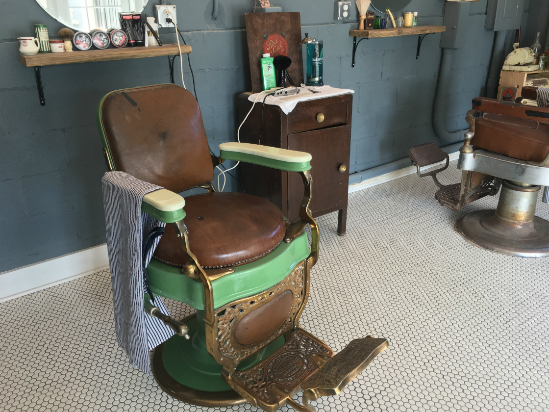 Holy City Barber Chair - Mixson