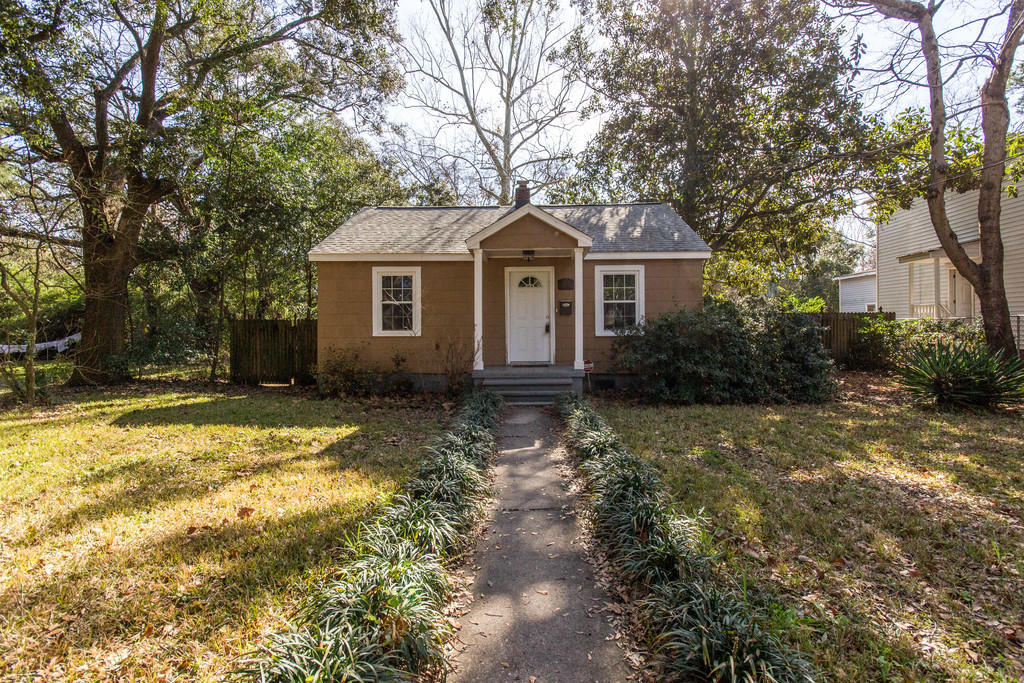 1075 Bexley Street - Park Circle Home for Sale