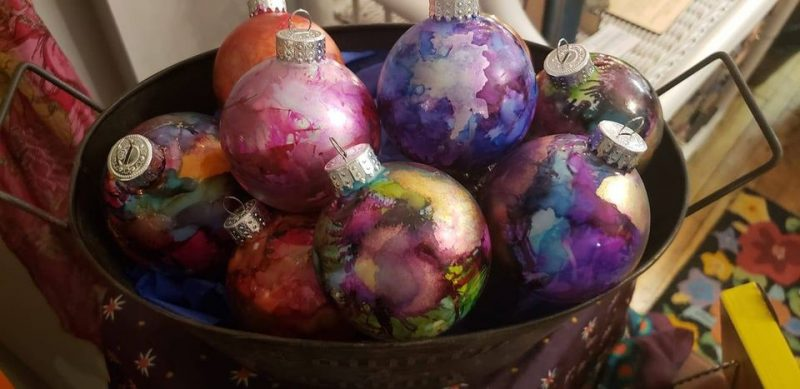 Alcohol Art Ink and Drink Holiday Workshop